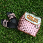 Pink power 🌺🌺🌺 Guess backpack Brielle σε εντυπωσιακό ροζ...Συνδυασέ το με τις Superdry pool sliders pink glitter... #guessbag #backpack #girly #poolslides #glitter #shinebright #pelinaaccessories #girlpower #shoponline #summervibes #summeraccessories