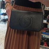 Trussardi Jeans crossbody bag🍁🍂 Shop now www.pelina.gr #trussardijeans #trussardibags #crossbodybag #baglover #ootd #pelinaaccessories